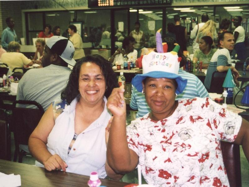 two women at bingo