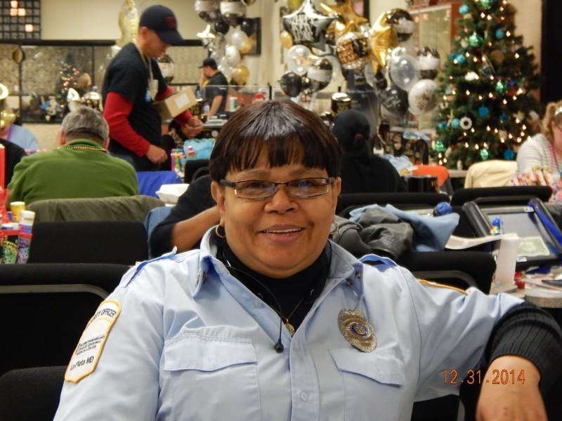 woman in police uniform